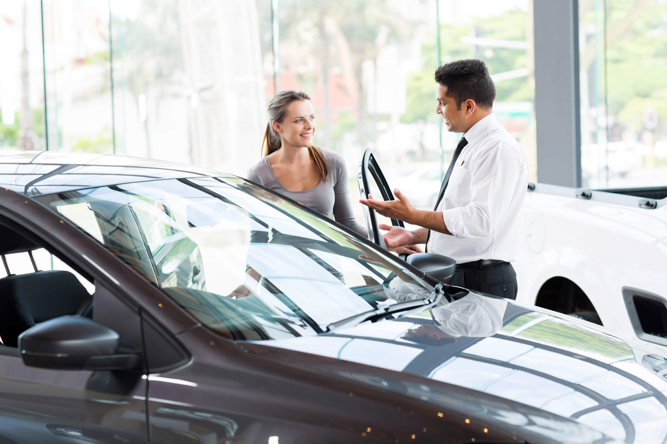 Como atrair clientes para sua loja de veículos? Confira essas 5 dicas